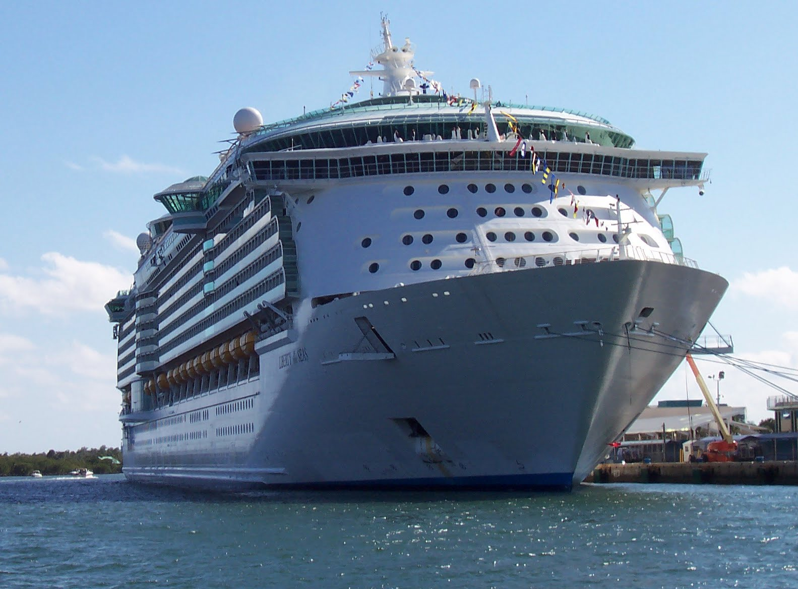 Tips for international Travel: cruise ship