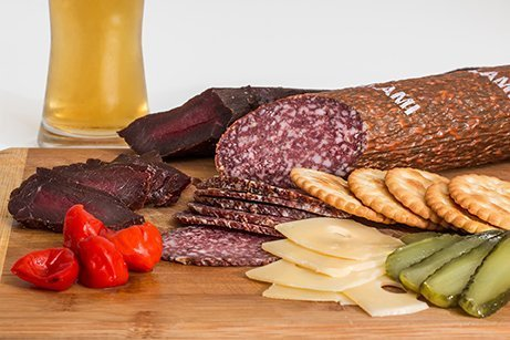 Smoked beef crackers fruit to reduce travel-related stress