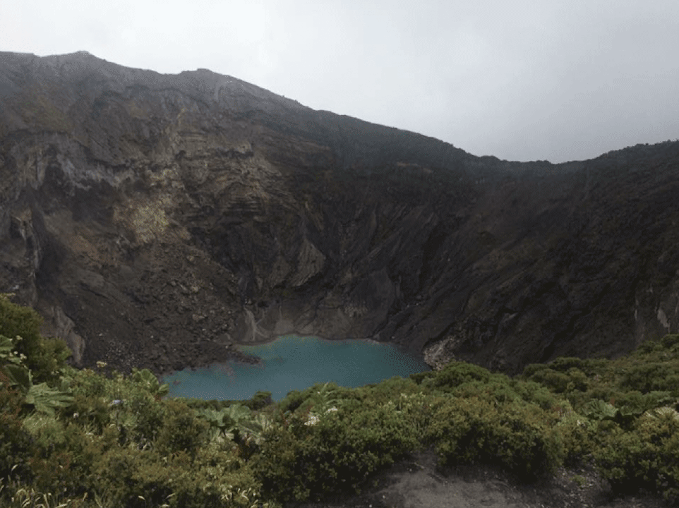costa-rica-travel-abroad-lake-mountain