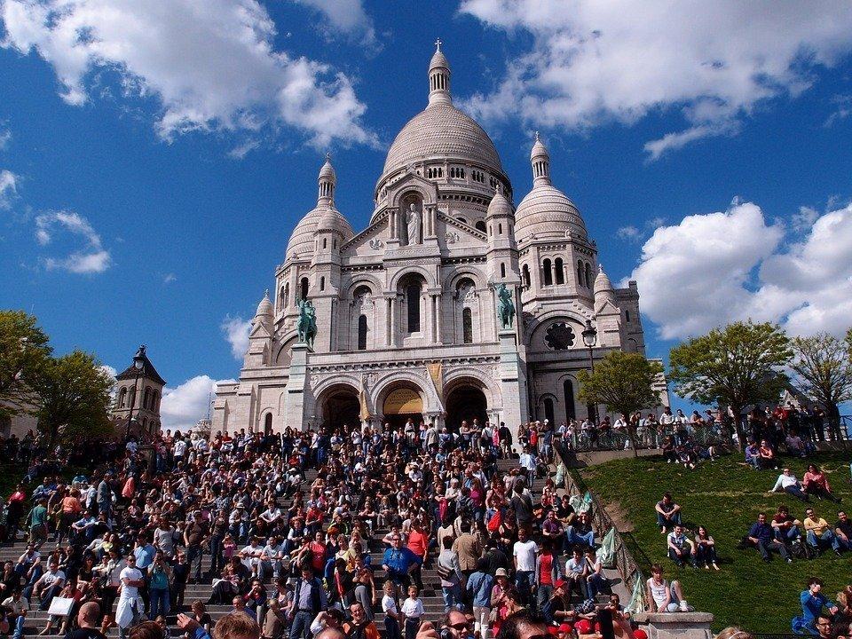 exploring Montmartre Paris travel abroad
