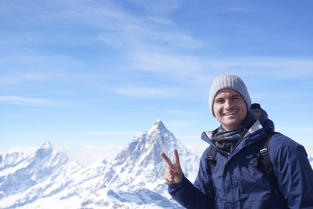 alex warhall auxiliar teach abroad traveling