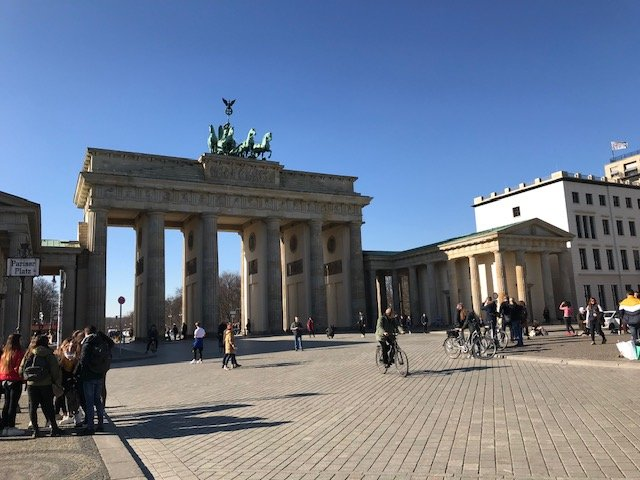 Brandenburg Gate Berlin Travel Guide