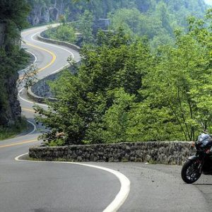 A gorgeous stretch of the Tail of the Dragon