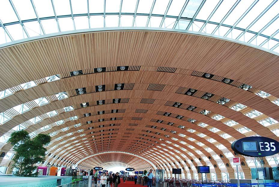 CDG-Paris-Airport-terminl