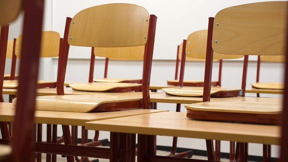 Chairs-Class-Classroom-Seminar-School