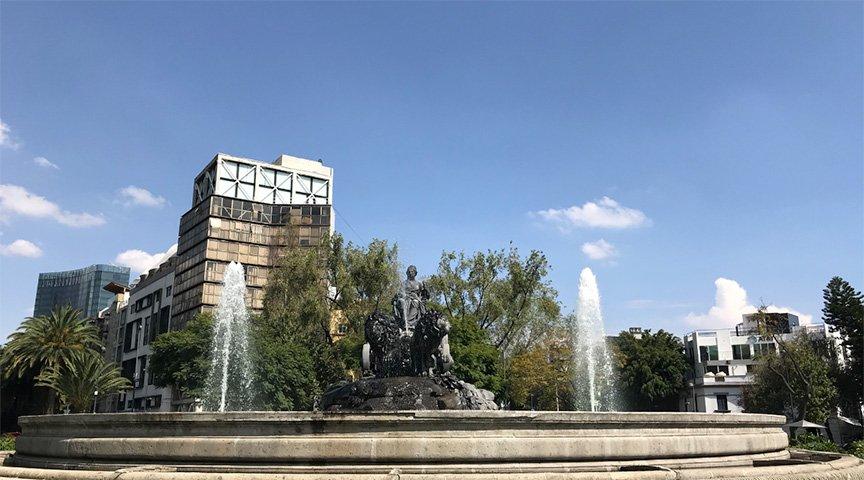 Fuente de Cibeles in Plaza Madrid