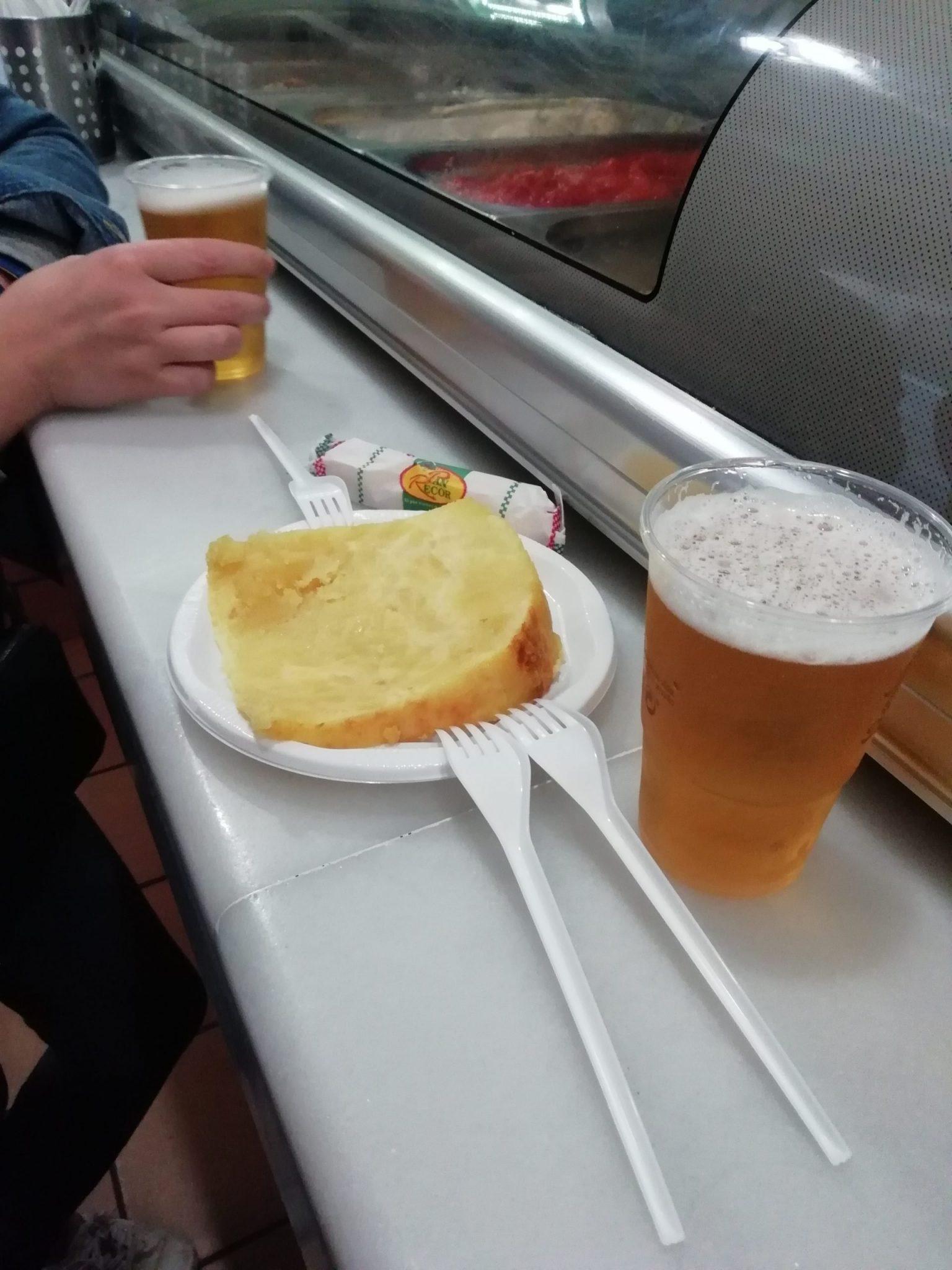 Tortilla y pincho de tortilla en Bar Santos en Córdoba España