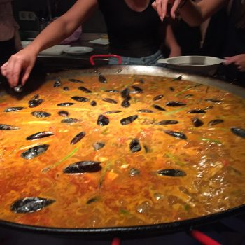 A giant pant of paella.