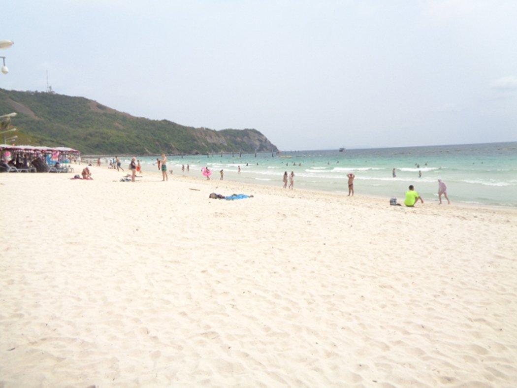 Samae Beach, Koh Larn, Thailand COVID-19