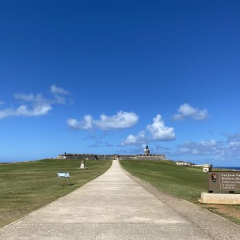Find wide open spaces at the San Felipe del Morro Castle.