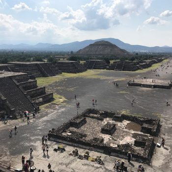 Touring the Teotihuacán Pyramids