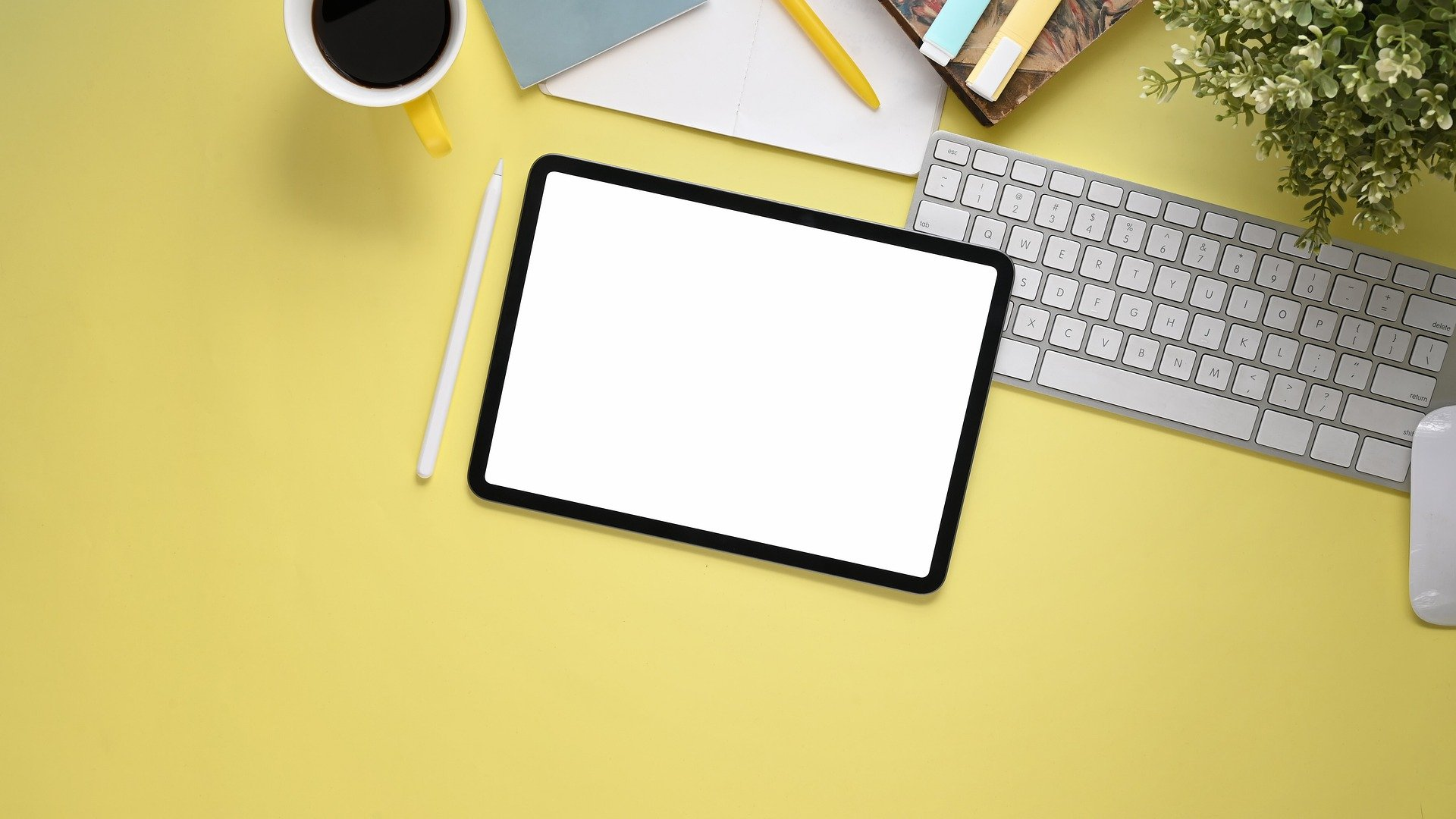 Technology makes teaching ESOL online easy, represented by this Apple iPad.