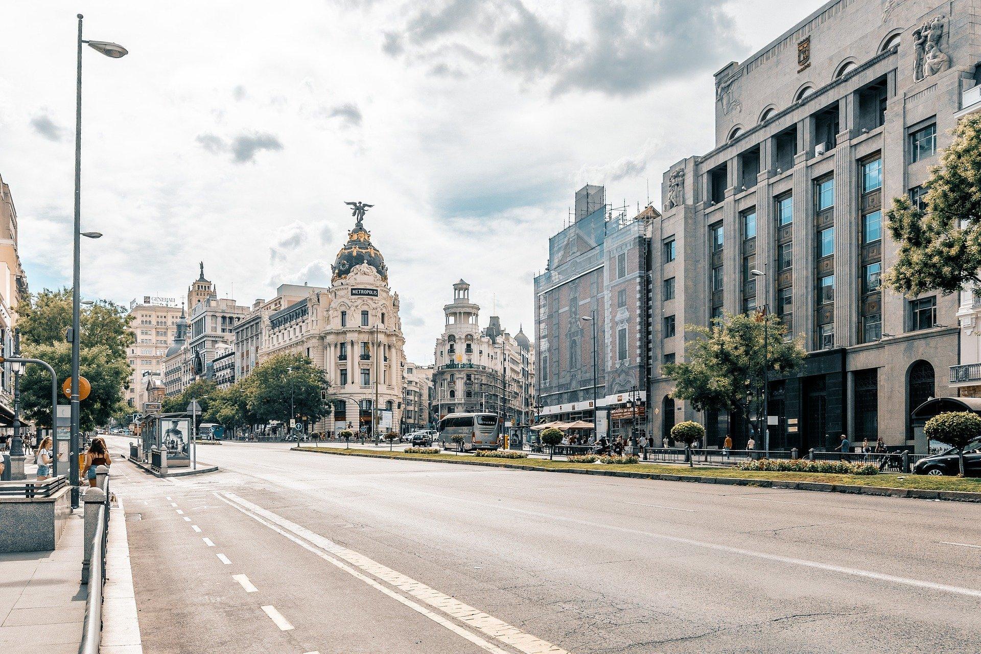 Streetscape of Madrid's metropolis