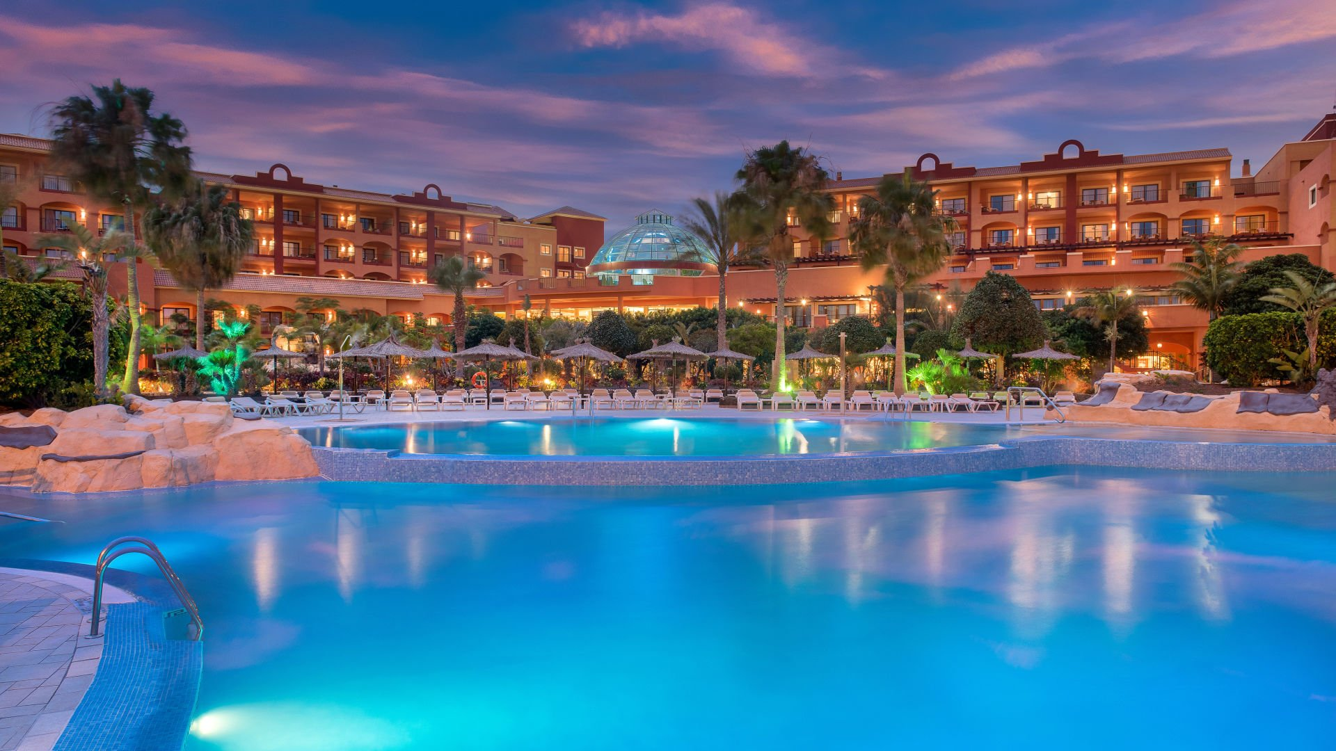 The Sheraton Fuerteventura, a vegan-friendly hotel.